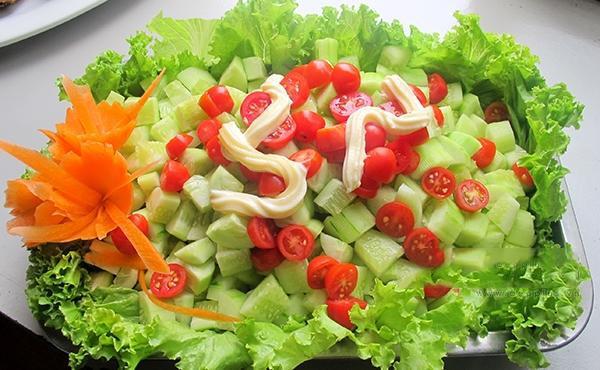 Những cách ăn cà chua nào gây hại cho sức khỏe? 1 - Deli Beans