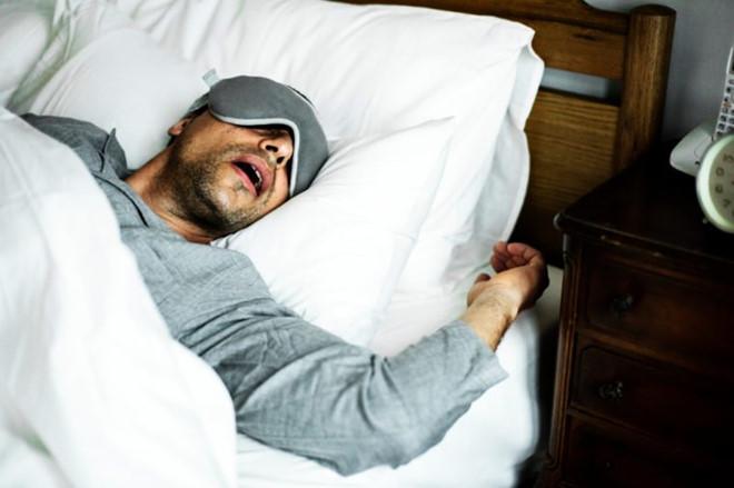 Khiến bạn mất ngủ có thể do vấn đề về sức khỏe 6 - Deli Beans