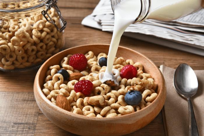Bé yêu nhà bạn có nên dùng bột ngũ cốc ?